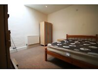 Deceptively Large Double Bedroom in a Cosy 4 bedrooms flat