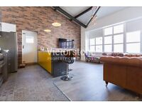 ***AVILABLE SEPTEMBER** 2 BEDROOM WAREHOUSE CONVERSION CANARY WHARF LIMEHOUSE