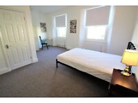 Large Rooms- Located by the Dockyard- Modern House Bills & WIFI Included