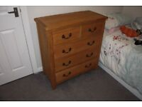 Chest of Drawers. Oak/Solid wood. Excellent Quality