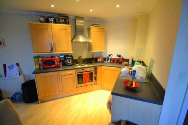 2 Bedroom Flat In Trentham Court Acton In Acton London Gumtree