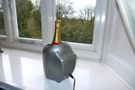 Electric Wine Cooler for white wine and champagne/prosecco