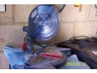 Compound mitre chop saw