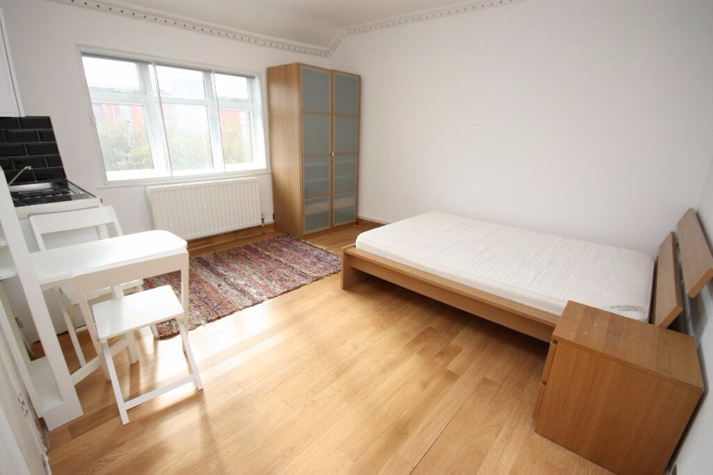 Including All Bills. Newly converted studio flat located in the heart of East Acton, W3