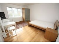 Incl All Bills, Excellent Condition, Studio Flat, Close to Westfields & Central Line Zone 2 Station