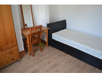 LARGE SINGLE ROOM AVAILABLE TO RENT ON MILL ROAD, CAMBRIDGE