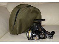 EK40R Deluxe 6 BB Black Carp/Pike/Coarse Fishing & Olive Green Reel Case