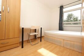Mile End 2 Double Rooms Available Now perfect for friends 0 Deposit Available