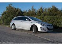 Hyundai i40 1.7 Premium Blue Drive Tourer 6 speed manual