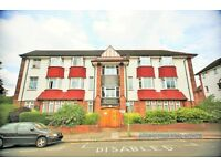 3 bedroom flat in Golders Court, Woodstock Road, Golders Green, NW11
