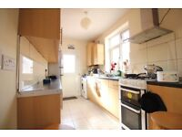 MASSIVE REFURBISHED MODERN THREE/FOUR BED HOUSE- HOUNSLOW WHITTON ISLEWORTH OSTERLEY AREAS