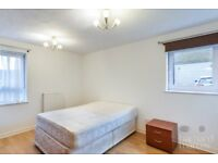 LARGE 2 BEDROOM 2 BATHROOM PURPOSE BUILT FLAT FOR A BARGAIN PRICE WITH LOW FEES