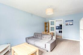 Two Bedroom Flat to Rent in Putney. Close to Transport Links