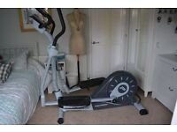 Proform spacesaver 700 crosstrainer . Excellent condition hardly used fold for storage . 20 workouts