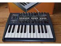 Arturia minibrute analogue synthesizer , hardly used