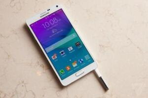 Samsung Galaxy Note 4, 32 GB Factory Unlocked With Warranty. OpenBox Macleod Sale! (FINANCING AVAILABLE 0% Interest)