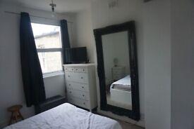 2 x Double bedroom Flat SW17