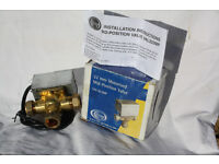 Complete Three port mid position valve and motor actuator 22mm