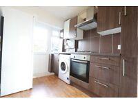 2 bedroom flat in Park Court, Park Road, Kingston Upon Thames, KT1
