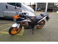 HONDA CBR 125R ,125cc 2012 new shape only 17000 miles