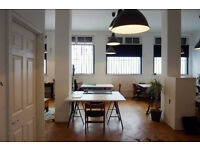 Spacious Desk Spaces - Creative Studio Building - Hackney - London Fields