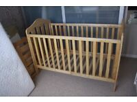 Mamas and papas 'lucia' cot bed – natural finish – very good condition
