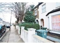 Very nice and simple 3Bed converted Flat only £1650 E7
