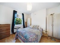 A Spacious 1 bed flat available to rent in West Kensington
