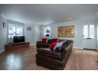Sefton Park Luxury Apartment With Parking (Own Private Entrance)