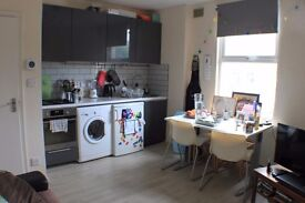 Well located two bedroom flat in Central Camberwell