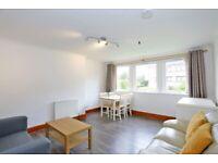 3 bedroom flat in Craigievar Road, , Aberdeen, AB10 7DF
