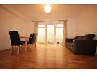 Excellent Location a Well Presented 2 Bed Flat N1