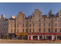 Big double bedroom 2 min walk away from Edinburgh University main campus