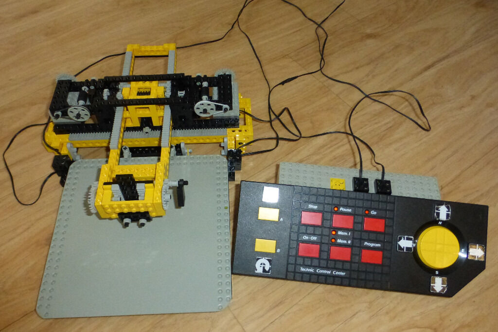 lego technic 8094 control centre all working from 1990. Black Bedroom Furniture Sets. Home Design Ideas