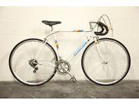 Vintage Mid 1980's Peugeot 12 Speed Road Bike (Size Large)