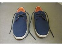 Navy blue canvas shoes (size 11 men's £10)