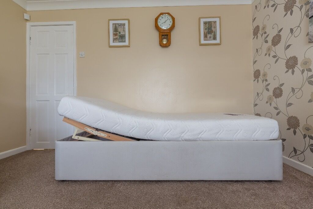Electric Bed/Single motorised/mobility bed *With Mattress*