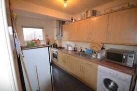 NO FEES TO TENANTS - 3 BEDROOM FLAT IN KILBURN TO RENT