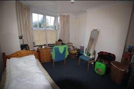 Double room, ALL BILLS INCLUSIVE. Needs to go NOW.