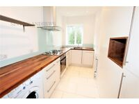 3 bedroom flat in Montpelier Road, Ealing, W5
