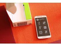 NEW ** Motorola Moto X Play UK SIM-Free Smartphone 21 MPix cam, boxed , white