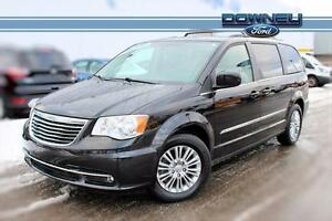 2016 Chrysler Town & Country TOURING, LEATHER, HEATED SEATS
