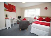 **WATER INCLUDED IN RENT** FURNISHED STUDIO FLAT TO LET IN CASTLEFORD CENTRE**WF10 1DQ