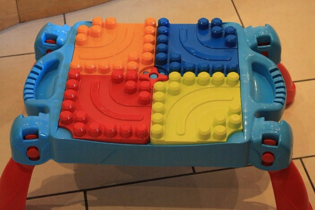 Duplo play block table with storage