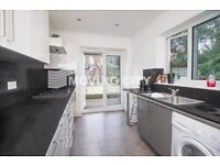 A 5 BEDROOM 2 BATHROOM HOUSE TO RENT IN STAFFORD E15 VERY CLOSE TO STATION