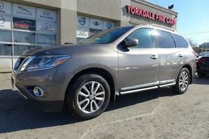 2013 Nissan Pathfinder Platinum SL. Leather. Double Roof. 7 Pass