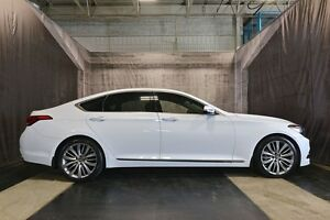2015 Hyundai Genesis ULTIMATE w/ 5.0L V8 / TOP MODEL / AWD