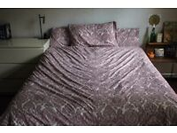 Complete IKEA SKÖRPIL bedset - Thick quilt and 3 pillows included