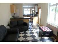 5 bedroom house in Donald Street, Roath, Cardiff, CF24 4TR