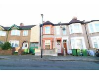 3 Bedroom End-Terrace House For Sale